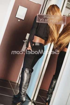 Cara escorte girl sexemodel massage naturiste