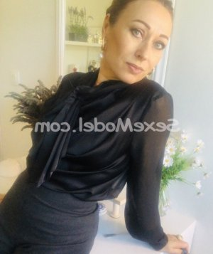 Lyla-rose escort girl massage tantrique